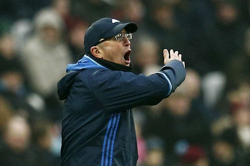 West Bromwich Albion manager Tony Pulis shouting instructions during his team's EPL match against West Ham United on Feb 11, 2017.