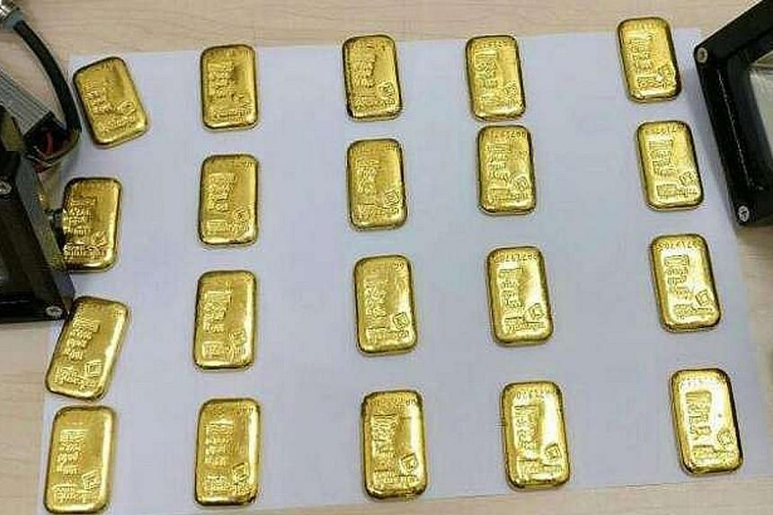 Man Caught Trying To Smuggle Gold Bars
