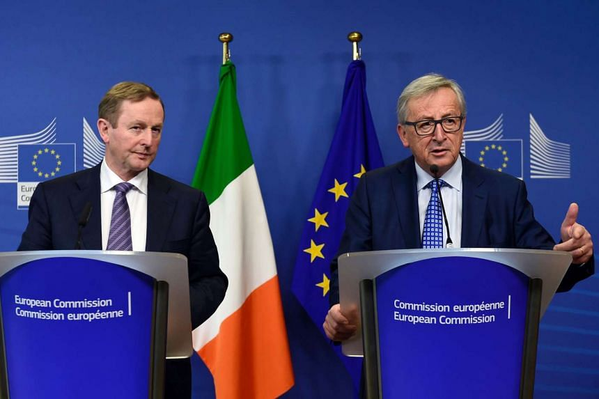 Irish Prime Minister Enda Kenny (left) and EU Commission president Jean-Claude Juncker give a joint press conference, Feb 23, 2017.