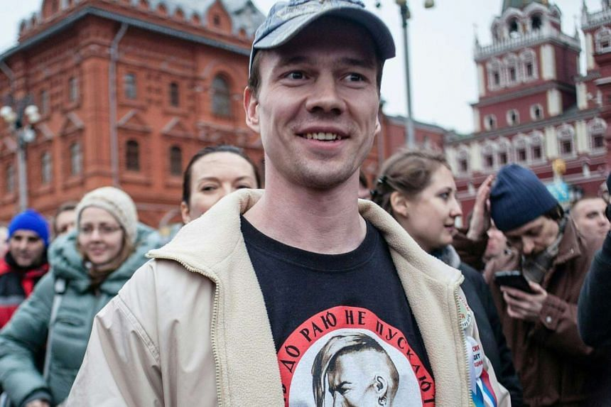 Ildar Dadin has been released from jail after a court quashed a sentence that made him the only person convicted under a tough law against public protests.