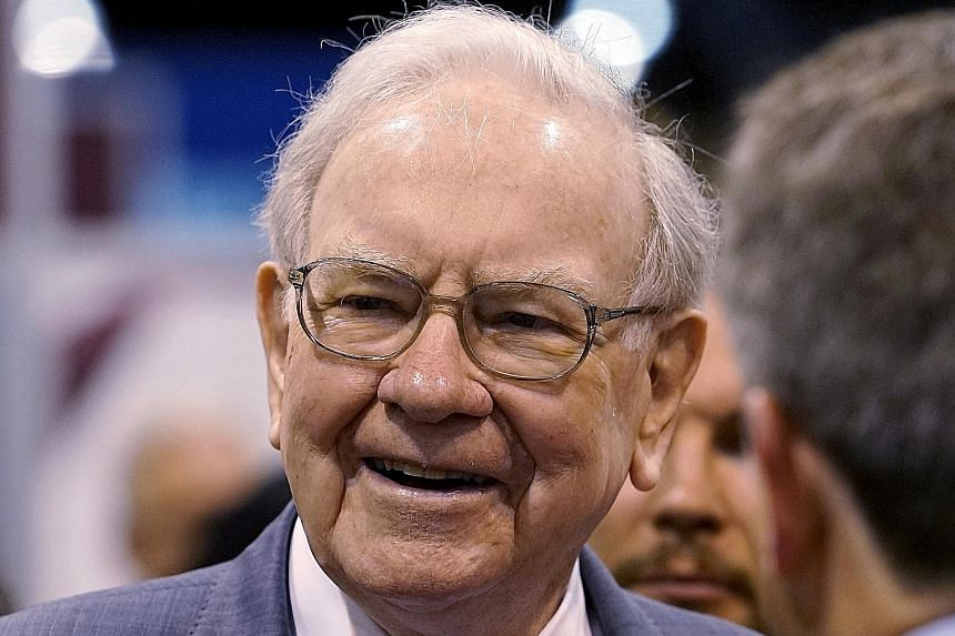 Mr Buffett's annual letter to shareholders comes amid the anti-immigrant stance of the Trump White House.