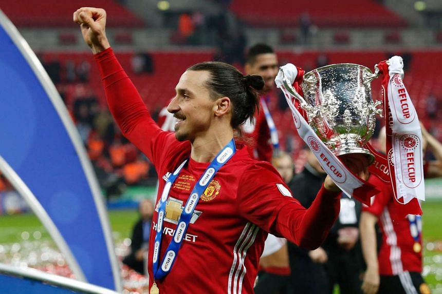 Zlatan Ibrahimovic celebrating witht he English League Cup trophy after Manchester United defeated Southampton on Feb 26, 2017.