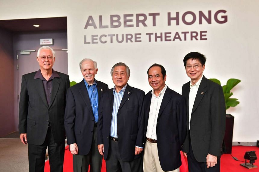 (from left) Emeritus Senior Minister Goh Chok Tong, SUTD President, Prof Thomas Magnanti, Dr Albert Hong, SUTD Board of Trustee Sam Goi And SUTD Provost, Prof Chong Tow Chong.