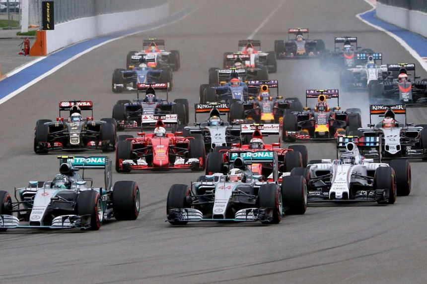 Formula One drivers start the Russian F1 Grand Prix in Sochi, Russia on Oct 11, 2015.