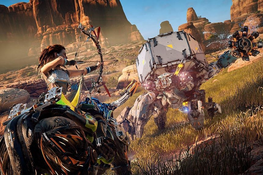 In Horizon Zero Dawn, the protagonist Aloy is an independent, self-sufficient warrior who can instantly craft arrows even in the heat of battle.
