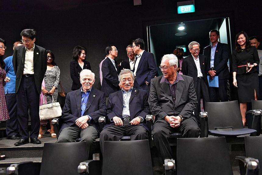 (From far left) SUTD president Thomas Magnanti, chairman of RSP Architects Planners and Engineers Albert Hong and Emeritus Senior Minister Goh Chok Tong at the Albert Hong Lecture Theatre at SUTD.