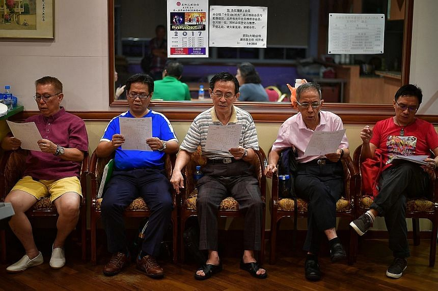Members of Char Yong (Dabu) Association's Hakka melody group gather every Wednesday evening to practise singing a wide variety of traditional and modern Hakka songs. A chorus of support comes from Char Yong (Dabu) Association's Hakka melody group. Ha