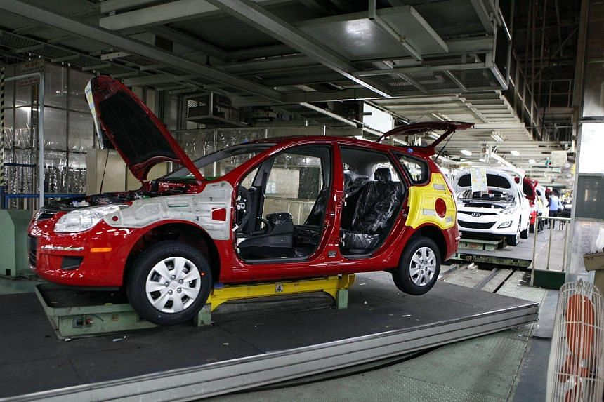 Manufacturing output rose 3.3 per cent in January from a month ago, Statistics Korea data showed on Thursday (March 2).