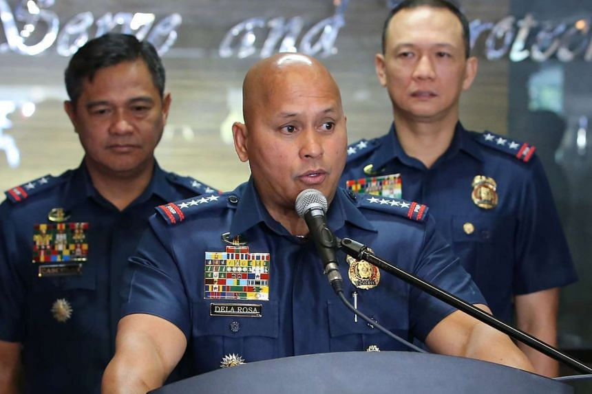 Philippines national police chief Roland Dela Rosa speakding during a press conference on March 6, 2017.