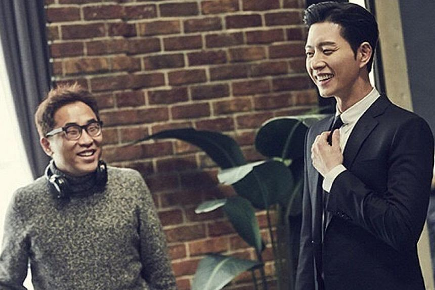 South Korean heart-throb Park Hae Jin with director Lee Chang Min on the set of the upcoming drama Man X Man.