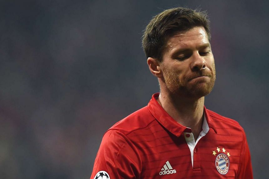 Bayern Munich midfielder Xabi Alonso says he will be retiring at the end of the season.