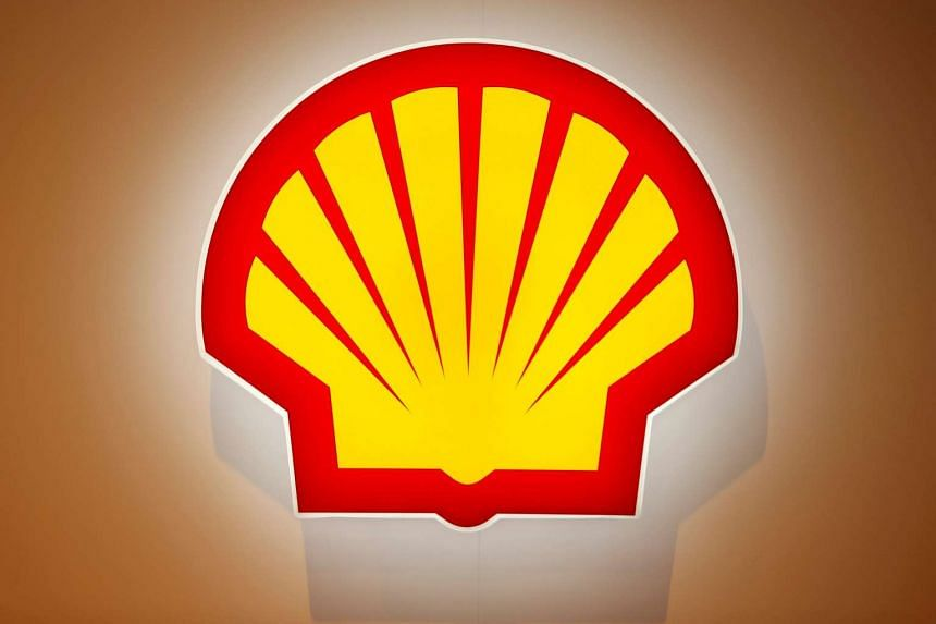 Royal Dutch Shell is selling almost all its production assets in Canada's oil sands in a US$7.25 billion (S$10.24 billion) deal.