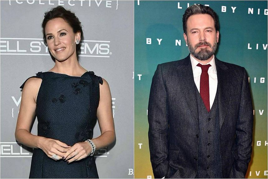 Ben Affleck(right) and Jennifer Garner, both 44, have called off filing for divorce.
