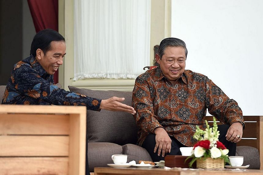 Mr Joko and Dr Yudhoyono had lunch together and chatted over snacks and tea on the verandah of the state palace, but they were tight-lipped over what was discussed.