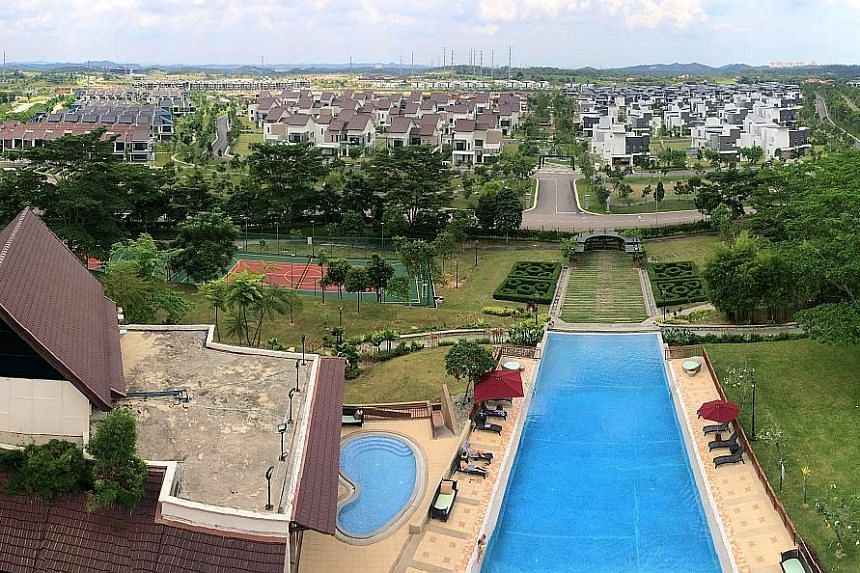 Homes in Iskandar Malaysia are popular among Singaporean buyers. Raising the floor price for foreigners would make it easier for Malaysians to own property, says the government.