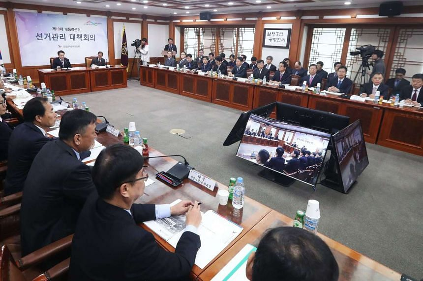 The National Election Commission convening a meeting at the commission's headquarters in Gwacheon, Seoul, on Wednesday (March 15) to discuss preparations and measures for the early presidential election.