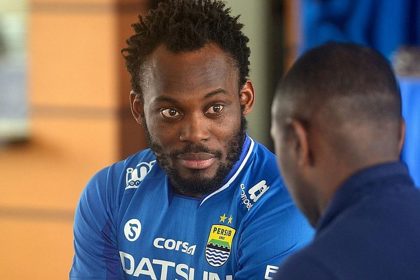 Ghanaian midfielder Michael Essien being unveiled as a Persib Bandung player at a club press conference. Essien joins on a one-year undisclosed deal.
