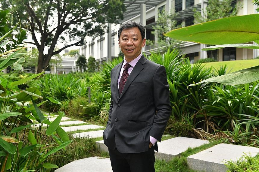 Prof Tan, who is currently the college's executive vice-president for academic affairs, was dean of NUS' Faculty of Arts and Social Sciences from 2004 to 2009.