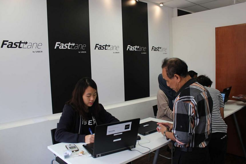 """As part of its """"FastLane"""" programme to help drivers with their PDVL applications, Uber has set up a help centre at its Paya Lebar office."""