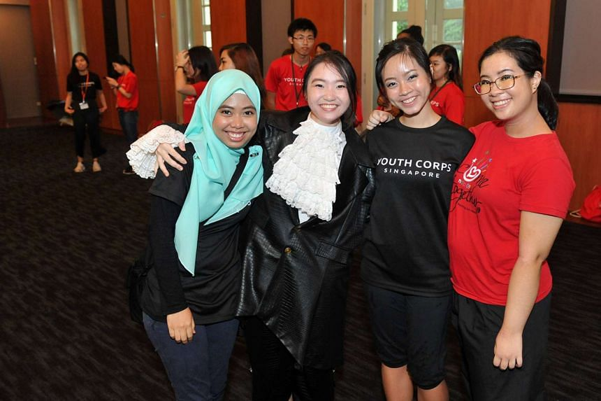 As a Youth Corps Singapore intern, Clara (far right) was part of the Journey Crafters team, where she focused on volunteer engagement and marketing.
