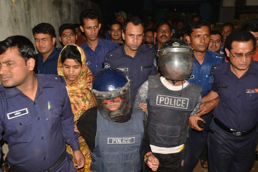 Bangladesh police detained a couple over suspected links with islamist extremists at Chittagong on March 15, 2017.