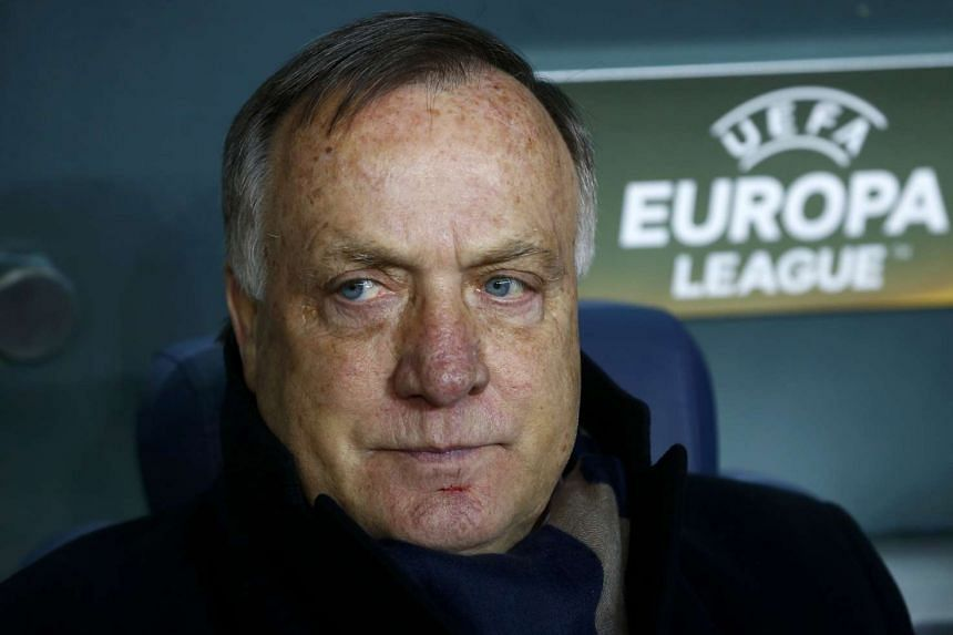 Fenerbahce manager Dick Advocaat will be retiring at the end of the season.