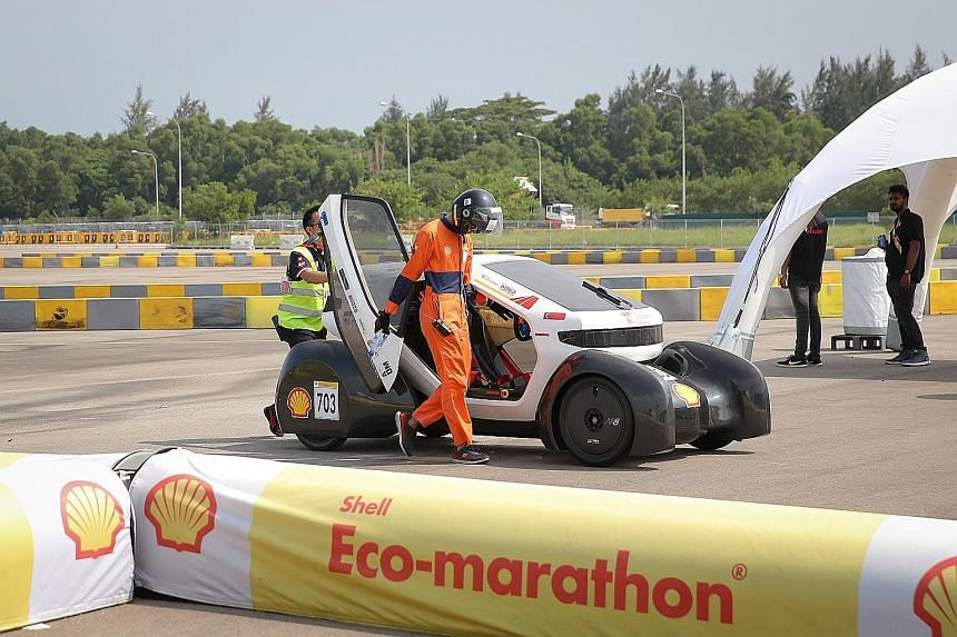 Mechanical engineering student and team driver Chan Jin Hao bowing out of the race, just 200m from the finishing line, after the fuel supply ran out and the team's Nanyang Venture 8 stalled.