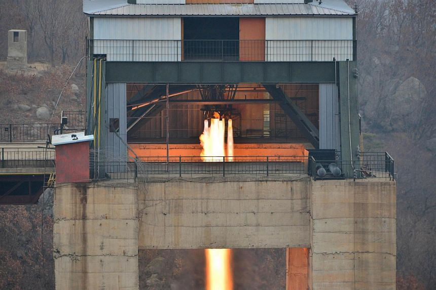 The ground jet test of a Korean-style high-thrust engine newly developed by the Academy of the National Defence Science in Pyongyang.