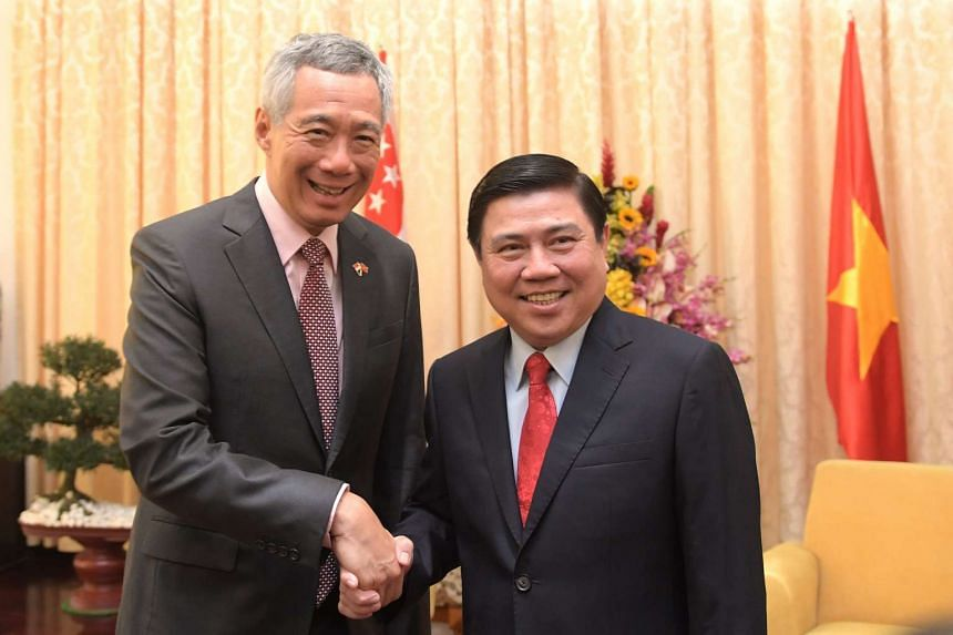 During their meeting, both sides affirmed the strong economic and business links between Singapore and Ho Chi Minh City.