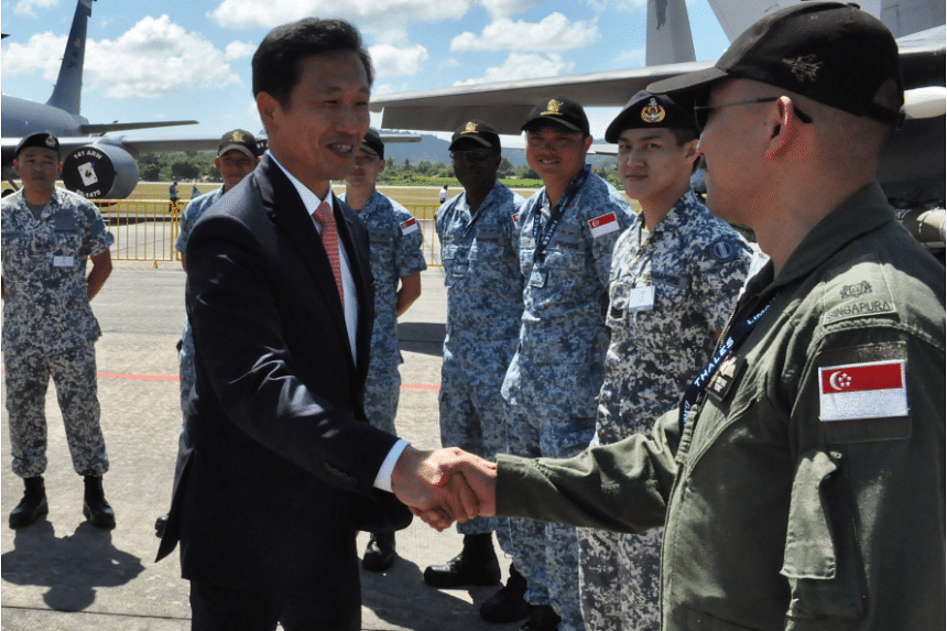 Second Minister for Defence Mr Ong Ye Kung interacting with the Singapore Armed Force's servicemen at LIMA 2017.