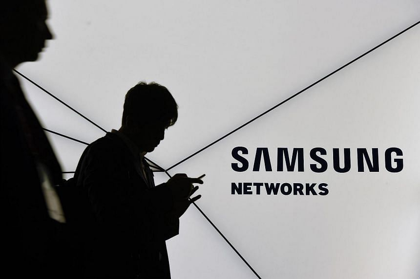 Samsung Electronics' upcoming Galaxy S8 will feature a Siri-like digital assistant that studies user activity to offer helpful tips and information, seeking to challenge rivals such as Apple in mobile artificial intelligence.