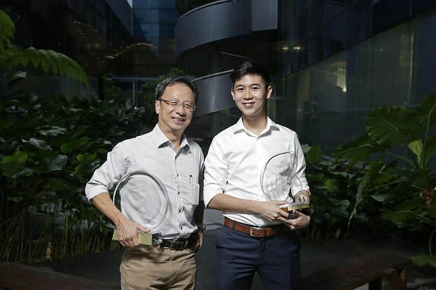 Journalist of the Year Christopher Tan (left) and Young Journalist of the Year Chua Siang Yee at the SPH English Malay Tamil Newspaper (EMTM) Division Annual Awards ceremony.