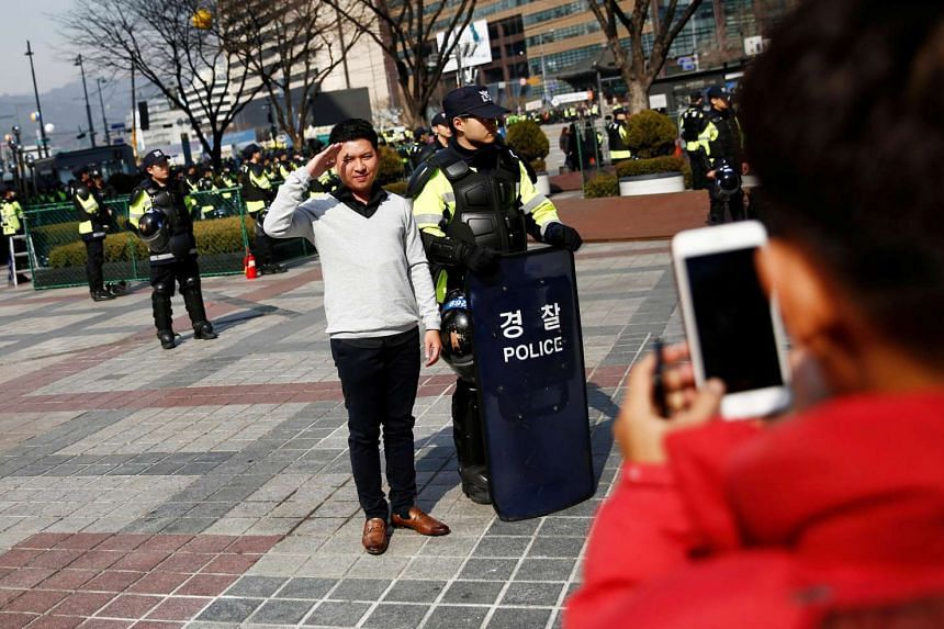 Last year, 8.05 million of 17 million foreigners who visited South Korea were Chinese. PHOTO: REUTERS