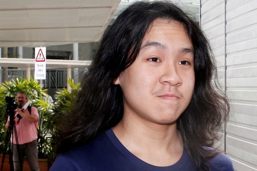 Teen blogger Amos Yee arrives at the State Courts in Singapore Sept 28, 2016.
