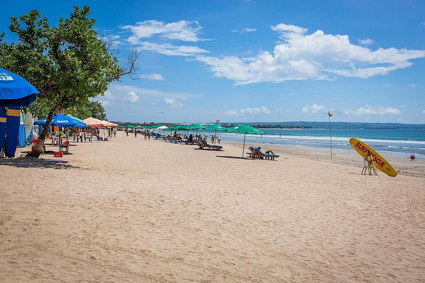 Travel to Europe and visit famous sites such as the Arc de Triomphe in France. Wyndham Garden Kuta Beach Bali is a one-minute walk from Kuta Beach.