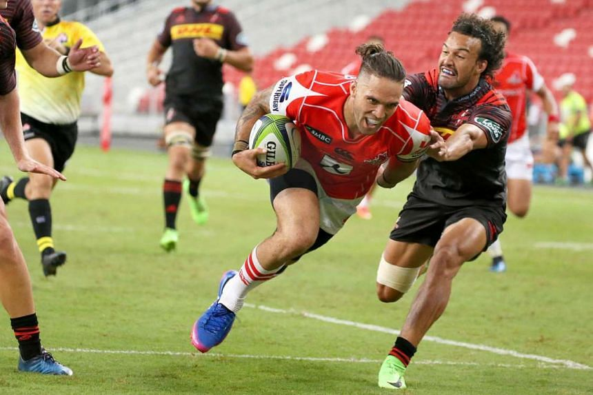 Derek Carpenter of the Sunwolves scoring a try against the Stormers yesterday, before the second-half fadeout to a 44-31 defeat.