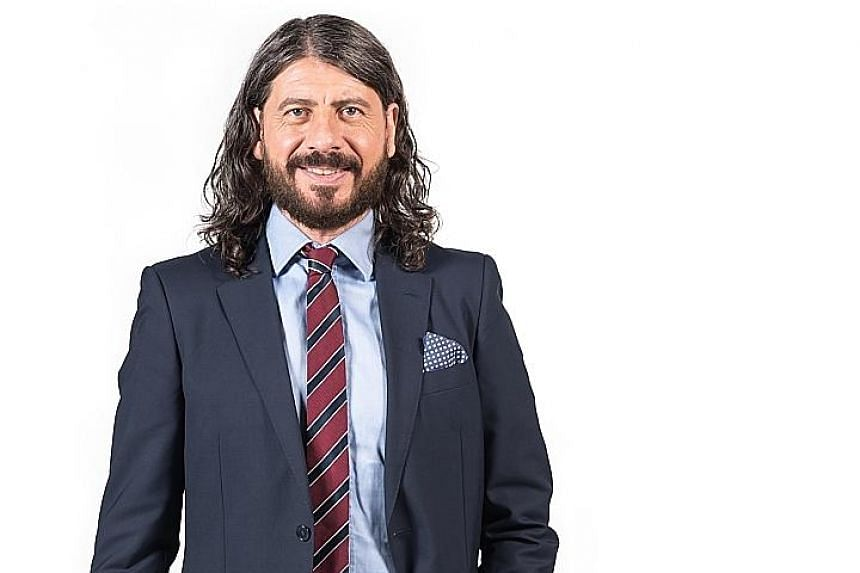Host and commentator Matteo Guerinoni, who runs a company in Jakarta supplying gelato, has nearly 30 years of racing experience.