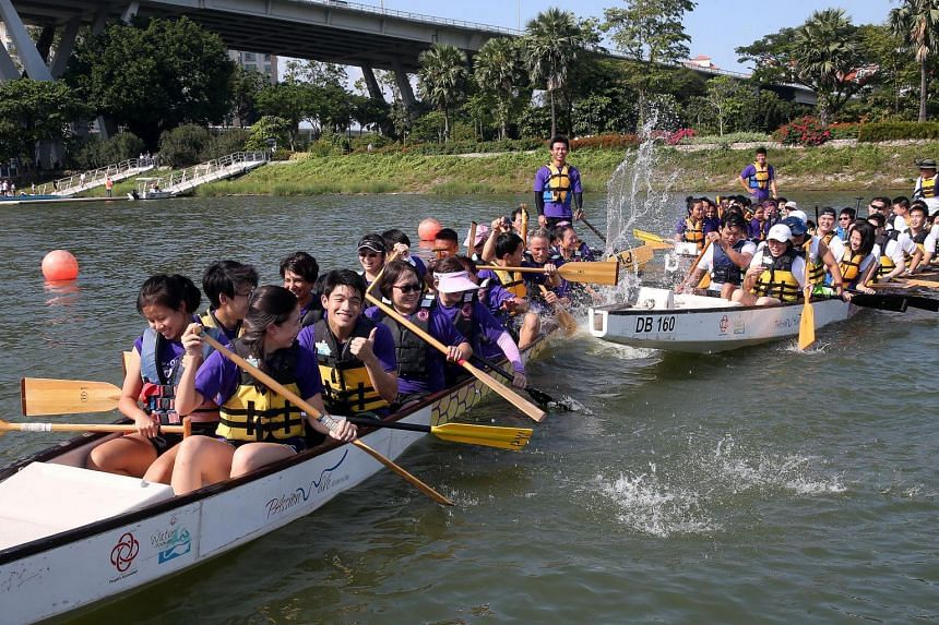 A team of oncologists, nurses and healthcare professionals from NCCS formed a dragonboat team to row against the Pink Spartans, a dragon-boating support group comprising cancer survivors, patients and their families.