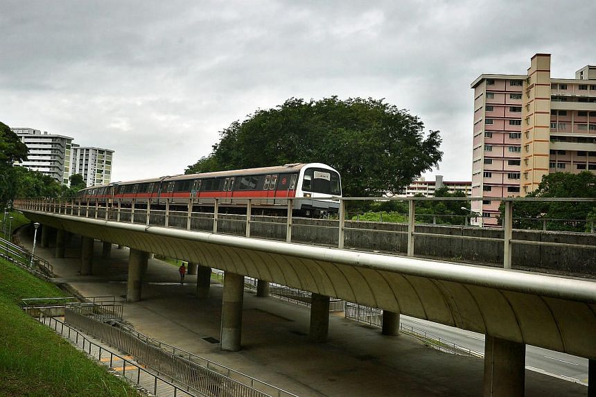 At around 11pm on Tuesday (March28), all trains on the North-South Line will stop on the tracks for about 10 minutes to enable a new signalling system to be tested.