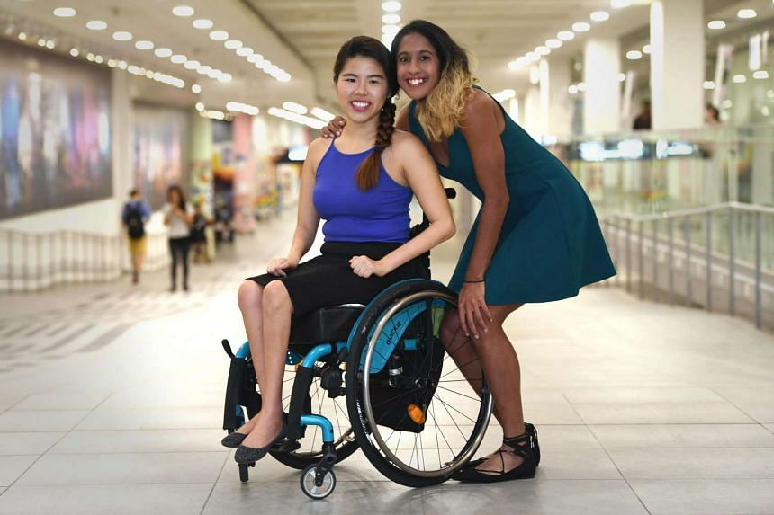 National athlete Shanti Pereira (right) was named on March 28, 2017, the first recipient of the Yip Pin Xiu Scholarship, offered by the Singapore Management University (SMU). The scholarship is named after para-swimmer Yip (left), who won two gold me