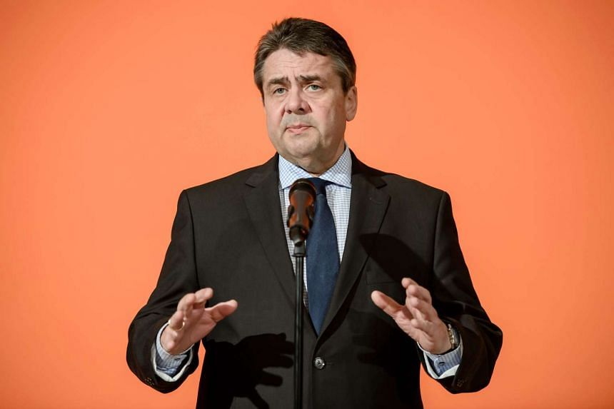 German Foreign Minister Sigmar Gabriel said that the unity of the other 27 EU member states would be Germany's highest priority in the talks.