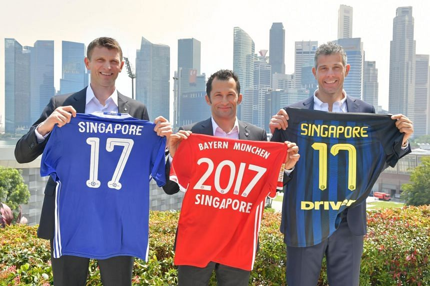 (From left) Chelsea's Tore Andre Flo, Bayern's Hasan Salihamidzic and Inter Milan's Francesco Toldo at the press conference for the South-east Asian leg of the International Champions Cup on March 16, 2017.