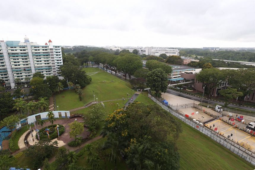 A view of Woodlands Town Centre (on right) from Block 33, Marsiling Drive.