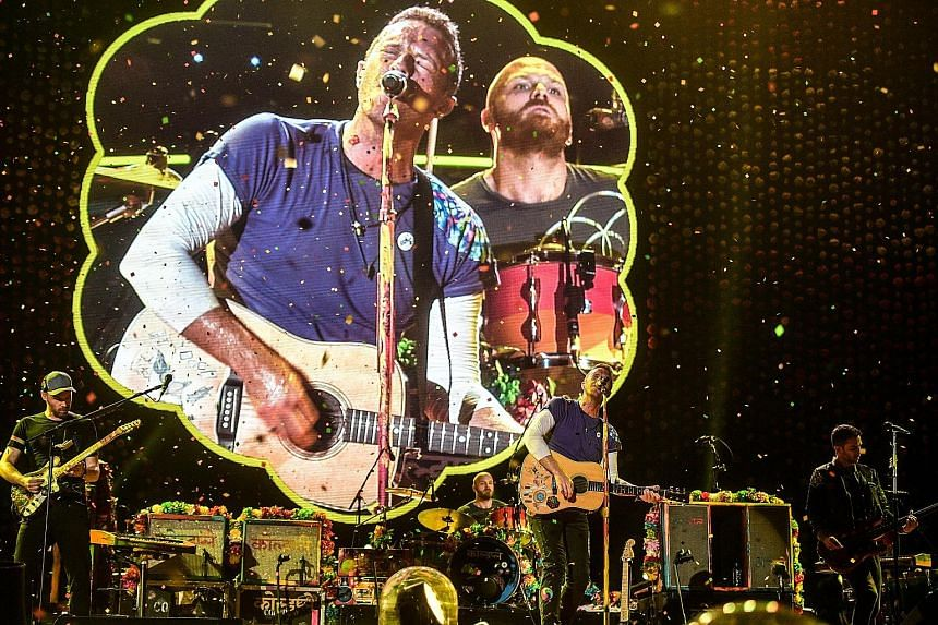 Coldplay, led by frontman Chris Martin, filled their setlist with hits, giving their fans a chance to sing along with gusto.