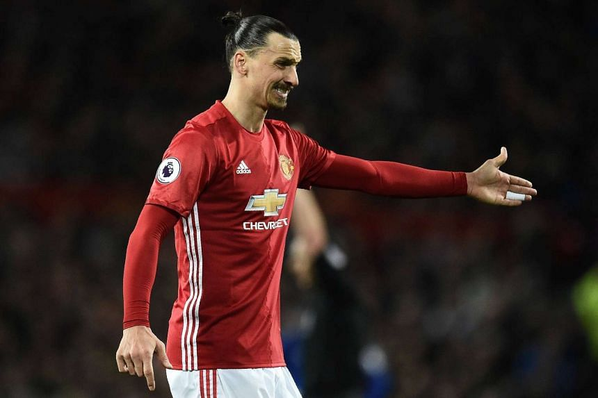 Manchester United's Zlatan Ibrahimovic had a 71st-minute equaliser controversially ruled out for offside in the match against Everton.