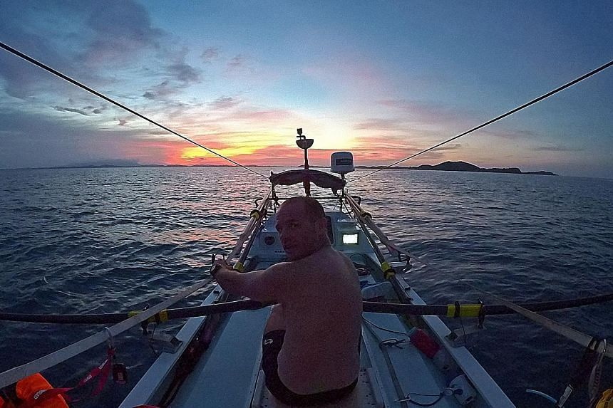 Grant Rawlinson rowing towards Darwin on the first leg of his journey from Singapore to New Zealand. Having reached Darwin, he will next have to cycle down to Coffs Harbour, before ending with another rowing trip to Taranaki.