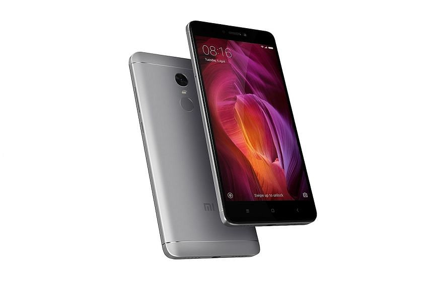 The Xiaomi Redmi Note 4 feels surprisingly sturdy and premium, more so than other phones by competing brands in the same price range.
