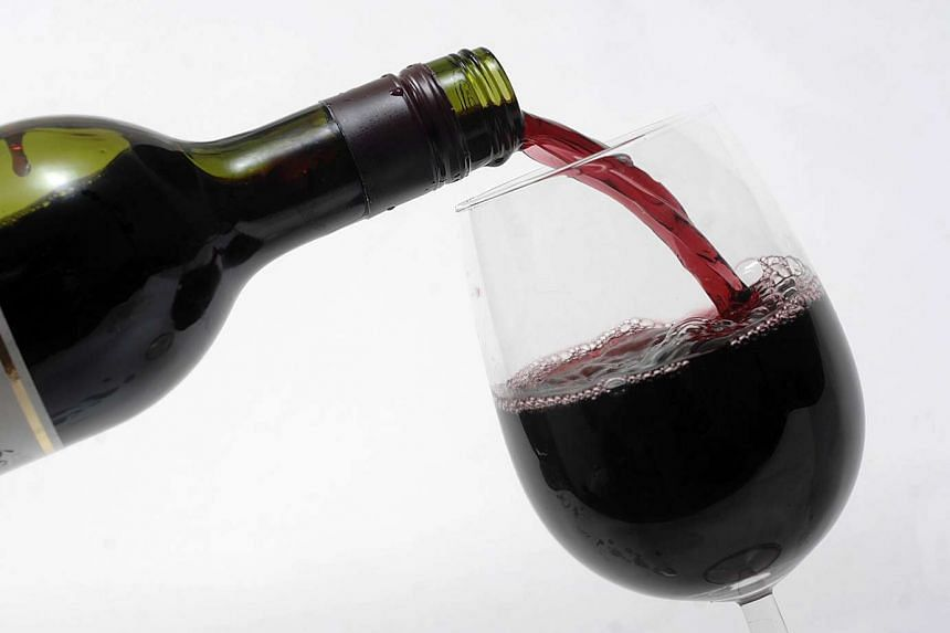An inventor may have solved the age-old problem of dripping wine bottles.