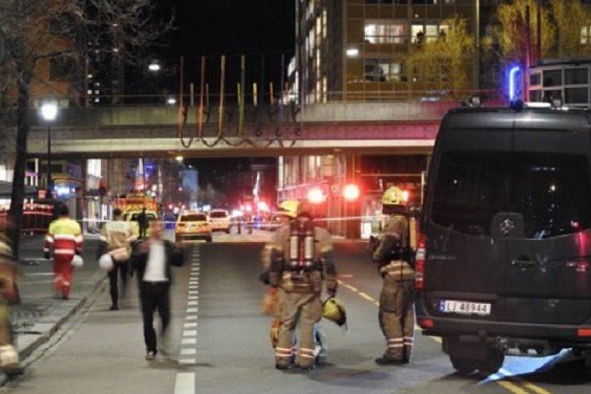 "Norwegian police have found a""bomb-like device"" in central Oslo."