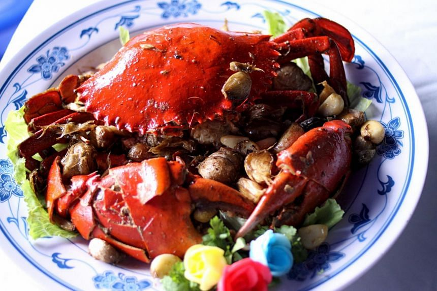 The seasonal fall in the supply of mud crabs was made worse by hot weather, some suppliers said.